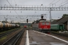 RZD ChS7-053 is removed from 001P 1705 Moskva Rizhsky - Riga at Volokolamsk, RZD TEP70-0240 can be seen waiting in the distance to take over