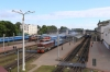 Vitebsk (L-R) - TEP70-0369 with 689B 0815 Vitebsk - Gomel, TEP70-0384 with 057B 2146 (P) St Petersburg - Hrodna & TEP60-0750 after arrival with 625B 2129 (P) Minsk - Vitebsk then in the local platforms are 2M62U-0271B with 6641 0820 Vitebsk - Rudnya & 2M62U-0262A after arrival with 6642 0548 Zavolsa - Vitebsk
