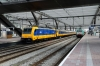 SNCB 186204 (2812) at Rotterdam Central with IC9227 0945 Brussels Midi - Amsterdam Central; NS 186116 (186016 rear) waits departure in the adjacent platform with ICD1027 1209 Rotterdam Central - Amsterdam Central