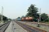 VSKP WDM3A's 16468/16722 shunt stock up the hill between Sambalpur Jn & Sambalpur Road
