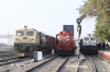 KTE WDG3A 14643 waits the road north at Marwar Jn with a double-stack container train while BGKT WDG4 12198 waits alongside with a conventional freight; meanwhile SBI WDP4D 40333 is about to depart with 17037 2355 (PP) Secunderabad Jn - Hisar Jn