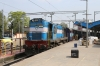 ET WDM3A 16220 at Jabalpur Jn after arriving with 12190 1605 (P) Hazrat Nizamuddin - Jabalpur Jn