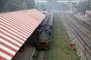 IZN YDM4 6507 arrives into Lucknow City with 15314 0620 Izatnagar - Aishbagh