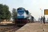 ET WDM3D 11340 at Sihora Road with 22182 1750 (P) Delhi Hazrat Nizamuddin - Jabalpur Jn