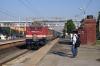 BRC WAP4 22211 arrives into Kanjari Boriyavi Jct with 12916 2105 (P) Porbandar - Mumbai Central
