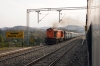 LDH WDM3A 16472 arrives into Bajalta with 54652 0650 Udhampur - Jammu Tawi passenger; the stock the train uses is for 12919/12920 Indore - Jammu Malwa Express