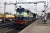 KJM WDM3A 18704 departs Anand Jn with 16587 0500 (P) Yesvantpur Jn - Bikaner Jn