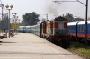 LDH WDM2 17666 runs through Delhi Sarai Rohilla with an empty stock