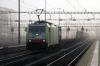 BLS 486501 runs through Rotkreuz with a freight