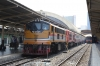 SRT 4016 leads a dead 4230 at Bangkok with 211 1255 Hua Lamphong - Taphan Hin. Both would be replaced at Bang Sue Jn
