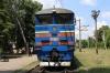 2TE10UT-0064a/b wait to depart Dolynska with 766L 0742 Kyiv Pas. - Kherson