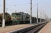 UZ 2TE10U-0479a/b run through Mykolaiv Pas with a freight; they'd earlier arrived on 225 1435 (P) Kyiv Pas. - Mykolaiv Pas