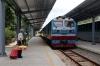 DSVN D19E-933 arrives into Quang Ngai with SE2 2155 (P) Saigon - Hanoi